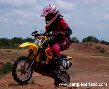 Ximy Montes, completó su curso de MX