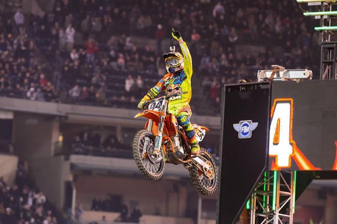 Ken Roczen gana la 1ª Fecha del AMA Supercross en Anaheim