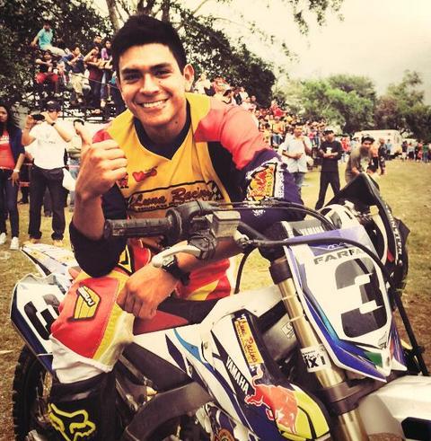 Apoyemos Todos al piloto Veracruzano de MX, Mario Farfán