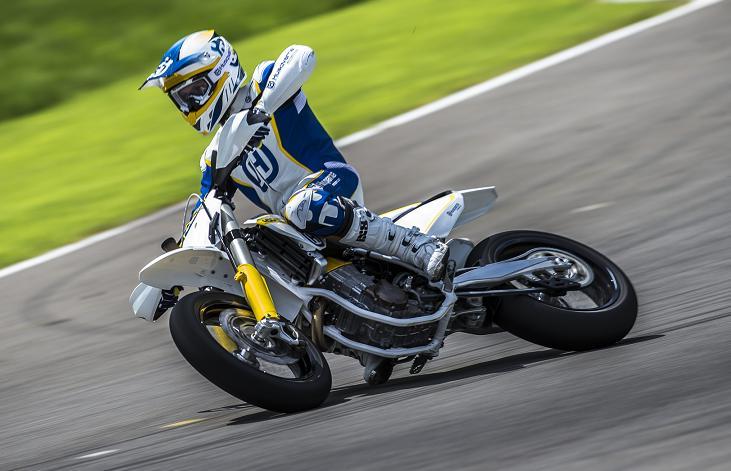 Regresa Husqvarna al Supermoto con una Renovada Moto: FS-450