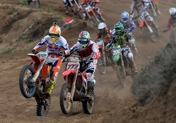 Tommy Searle y Pauls Jonass al Equipo KTM Factory Racing 2015
