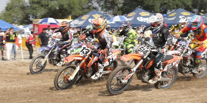 Imágenes del Platino Plus y del Nacional de Motocross en León