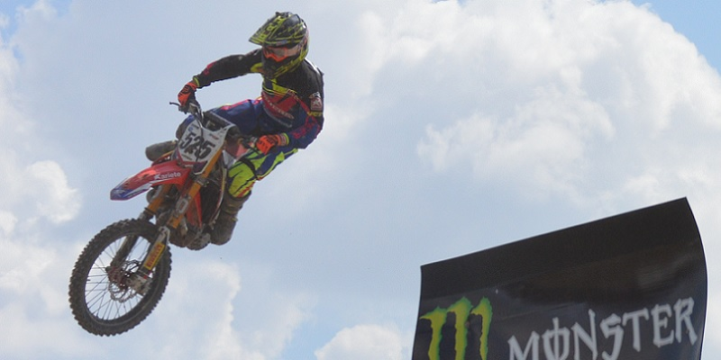 31 Pilotos al Latino de Motocross