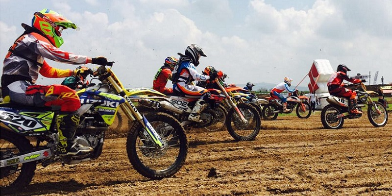 8ª Nacional de Motocross, DOMINGO