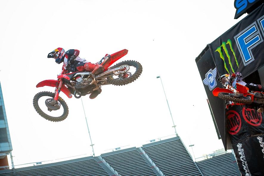 Roczen vuelve a ganar, Supercross
